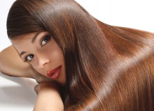 How to Straighten Your Hair Model Brunette
