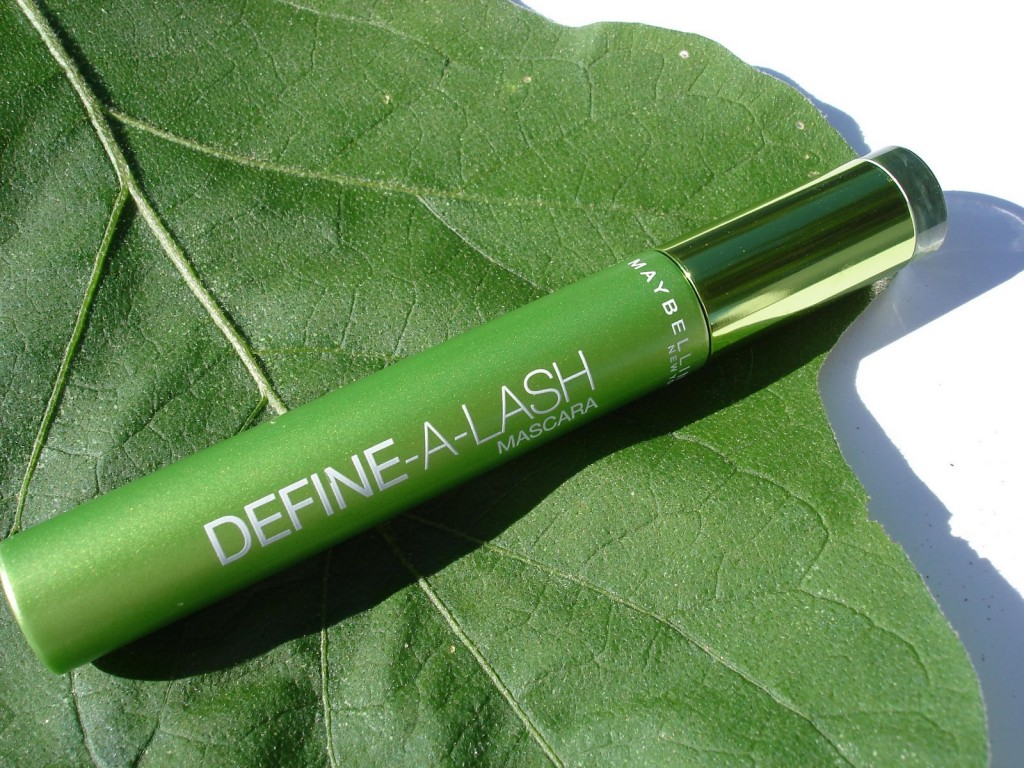 Eye Makeup Reviews Maybelline Define-A-Lash Mascara