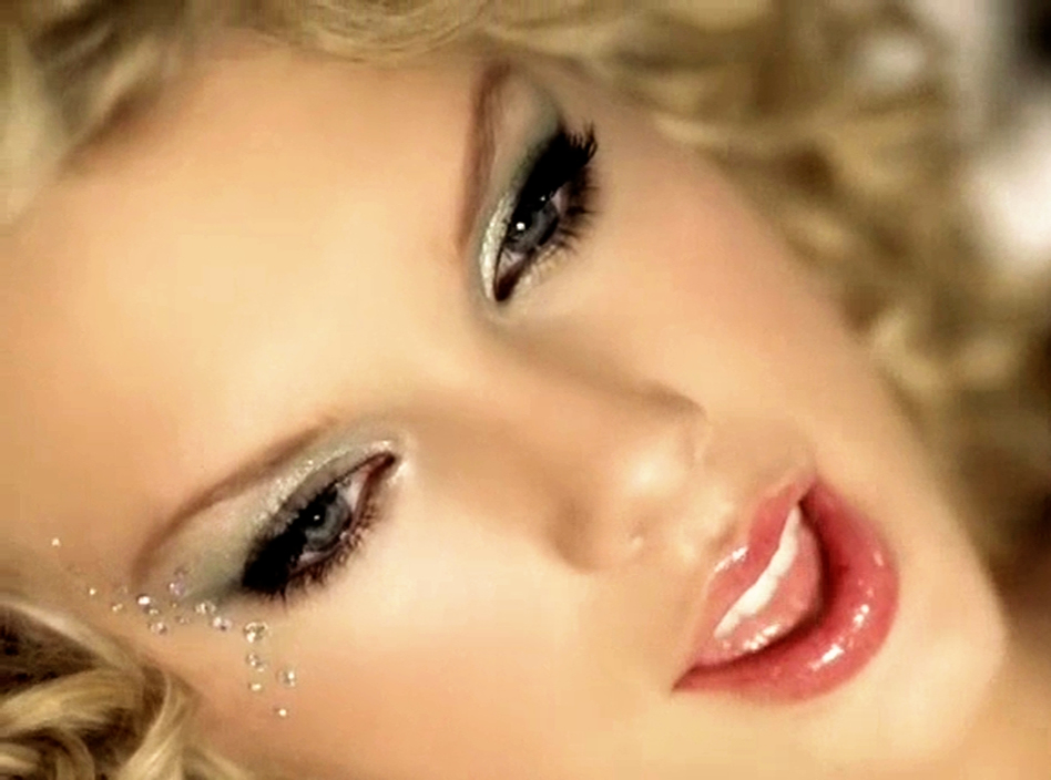 "How to Copy Taylor Swift's ""Teardrops On My Guitar"" Makeup ..."