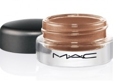 Makeup Reviews: MAC Cosmetics Paint Pot