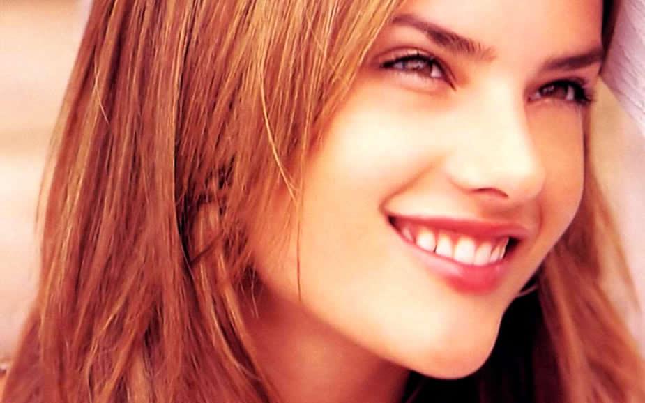 Alessandra Ambrosio Beautiful Smile