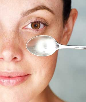 Beauty Quick Tip: Banish Tired Eyes Fast