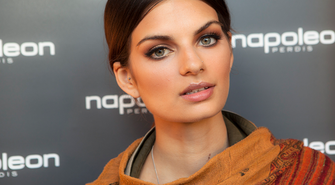 Makeup How-To: Get Napoleon Perdis' Soiree Set Look