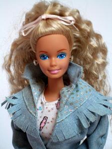 barbie feeling fun crimped ponytail iggy azalea