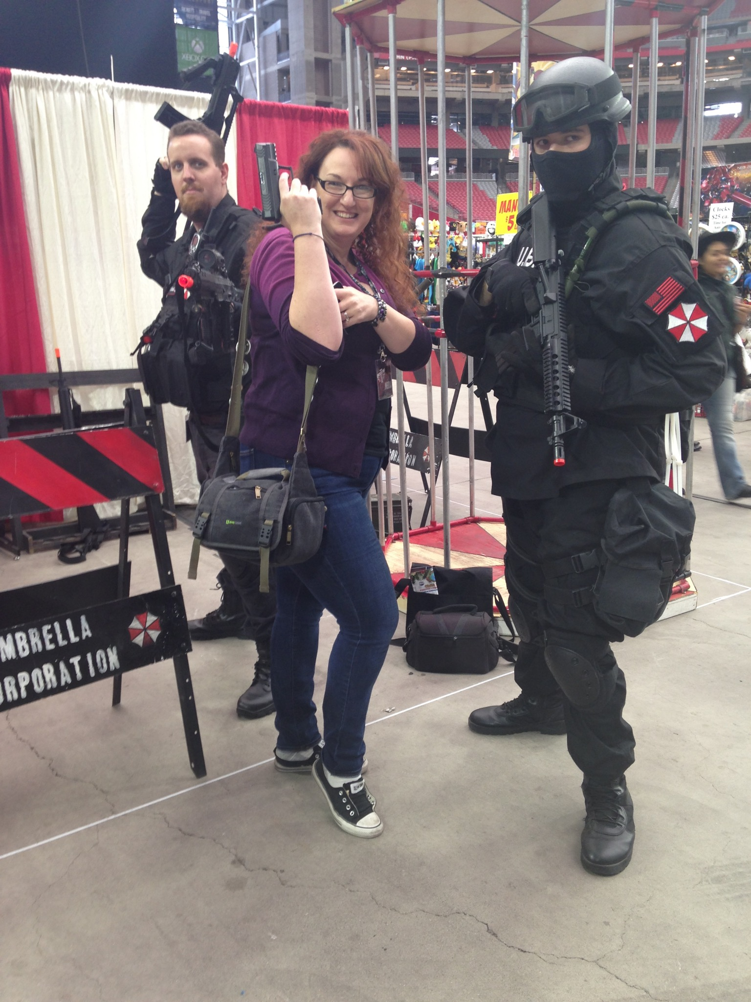 Fan Fest - Steph arms herself with Umbrella Corp