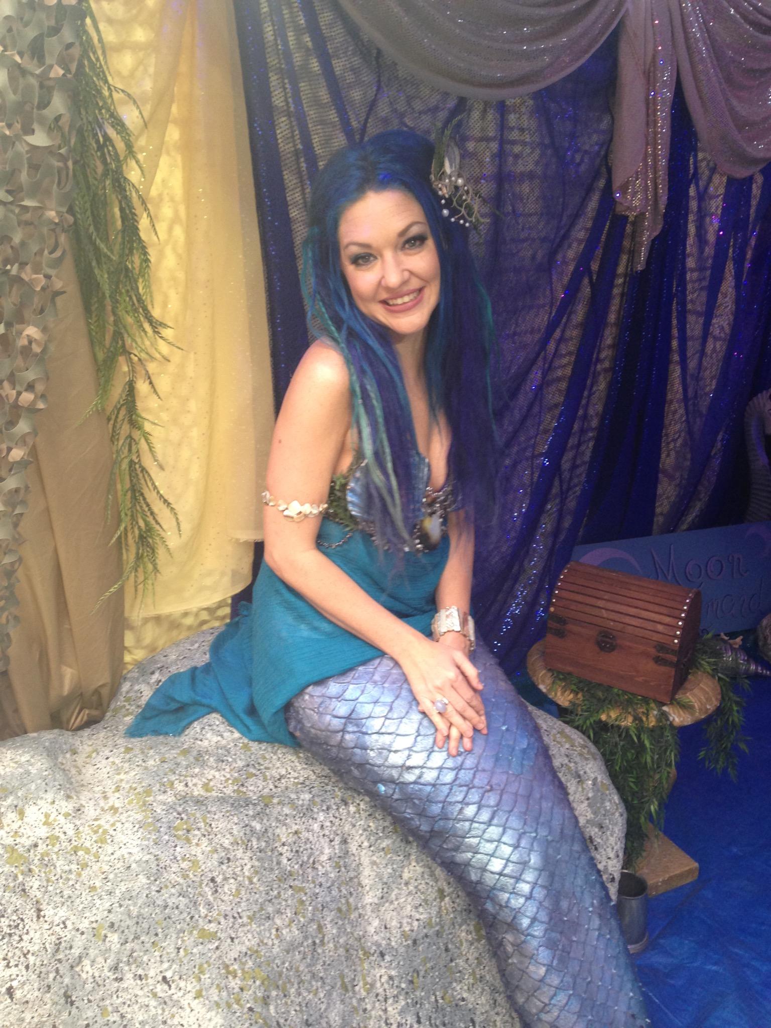 Fan Fest - Moon Mermaid Cosplay