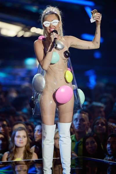 Miley Cyrus MTV VMA Awards 2015 Dippin Dots