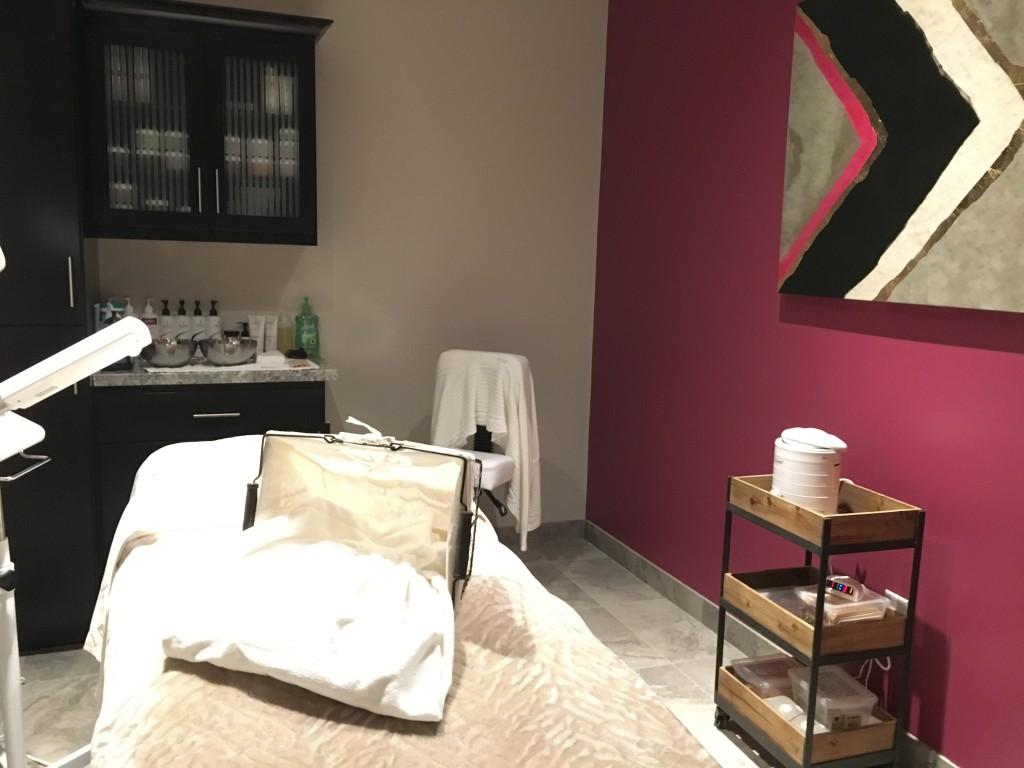 Fuchsia Spa on High Street Phoenix Massage