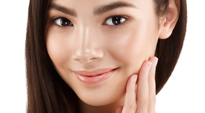 10 Skincare & Makeup Tips for Oily Skin