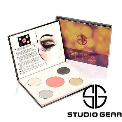 studio-gear-smoky-eye-holiday-palette