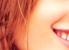 Celebrity Tips For Ultra-White Teeth