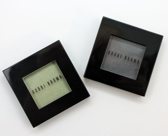 Bobbi-Brown-Metallic-Eye-Shadow-in-Mint-and-Shimmer-Wash-Eye-Shadow-in-Gunmetal