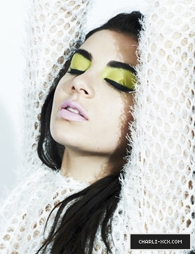 Charli XCX Makeup Azure Eyes For Max Factor