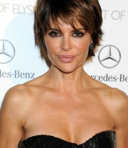 lisa-rinna celebrity beauty Juvederm injections -at-the-art-of-elysium-s-7th-annual-heaven-gala-in-los-angeles