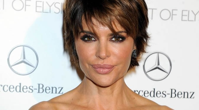 Lisa Rinna Admitted Regretting Juvederm Injections