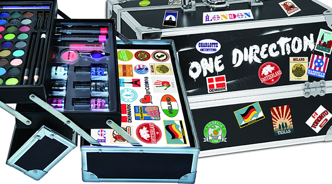 One Direction Limited Edition #MakeupBy1D Tour Case