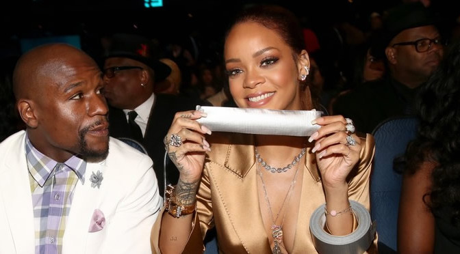 Rihanna's BET Awards Nails: Bringing French Back