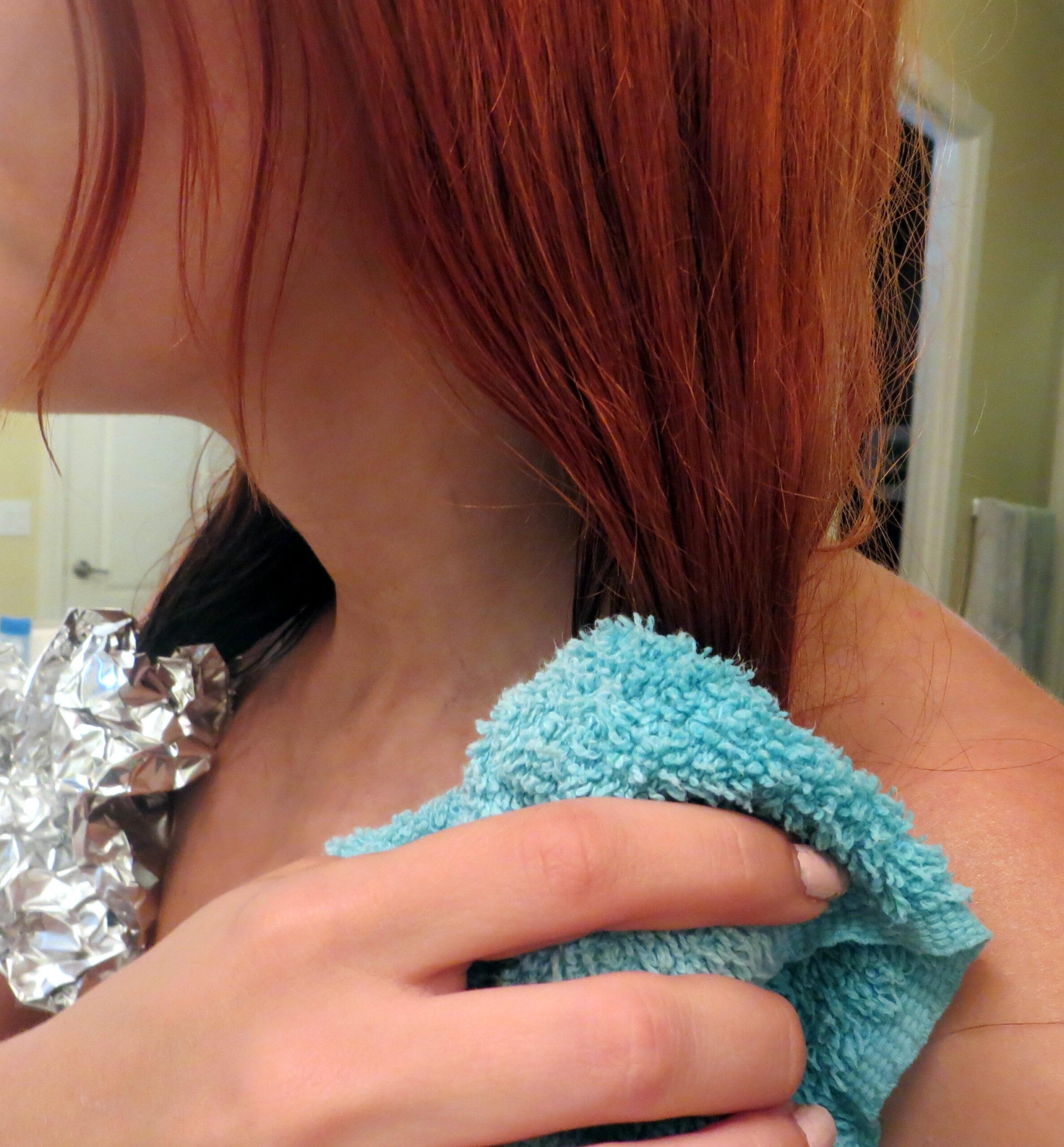 Dip Dye Ombre Hair DIY How To Tutorial: The Washcloth Method