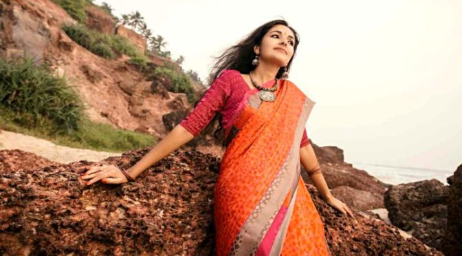 Feel the Vibes of Cultural India with these Quintessential Traditional Indian Sarees