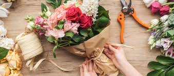 Buying Flowers Online? Here are Essential Money-Saving Tips