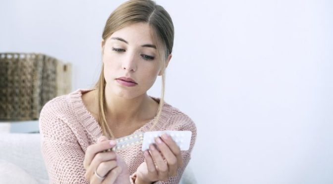 Birth Control And Acne – How Does The Pill Affect Your Skin?