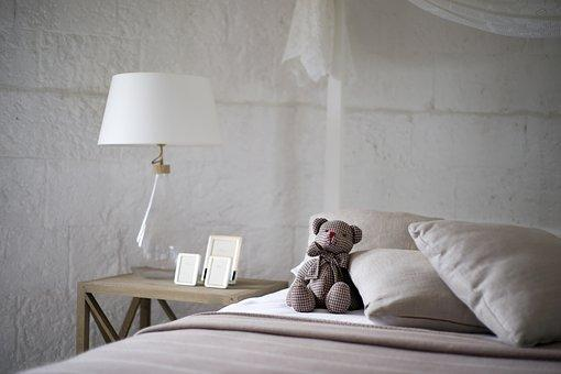 7 aspects to adhere to when redecorating your bedroom