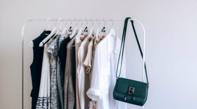 Creating Your Capsule Wardrobe: 7 Essential Pieces