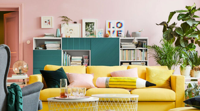 5 Tips to Help You Declutter Your Living Room